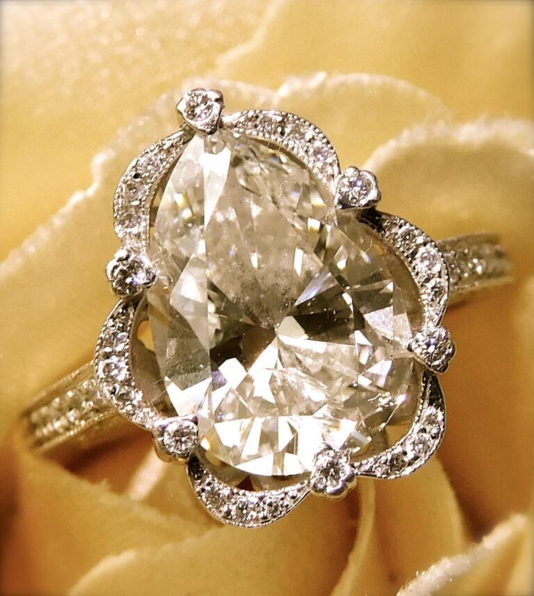 Lisa Heywood wedding ring