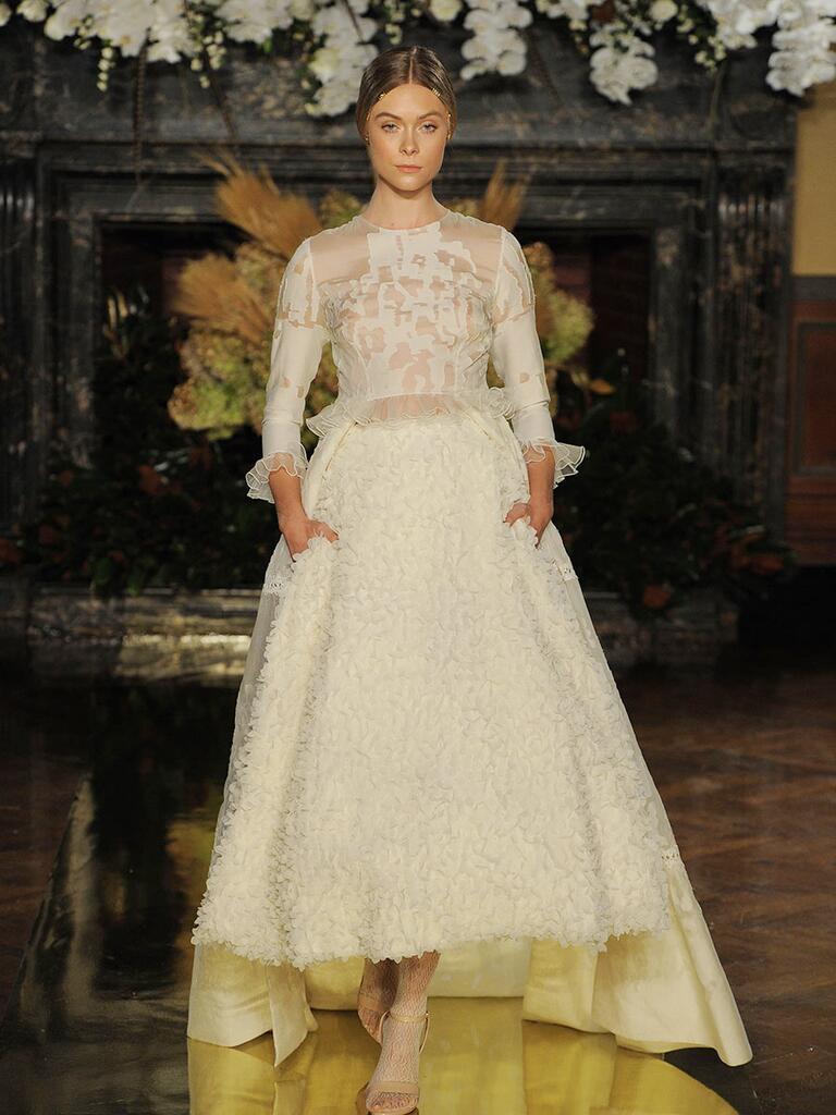 Yolancris Long Sleeve Wedding Dress : Yolan cris fall wedding dresses fit for royalty