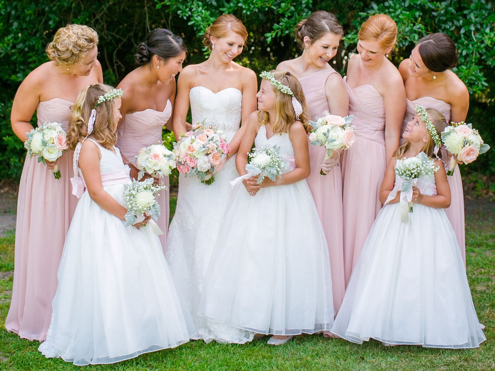 2005d5f19121 Having Junior Bridesmaids  Here s What You Need to Know
