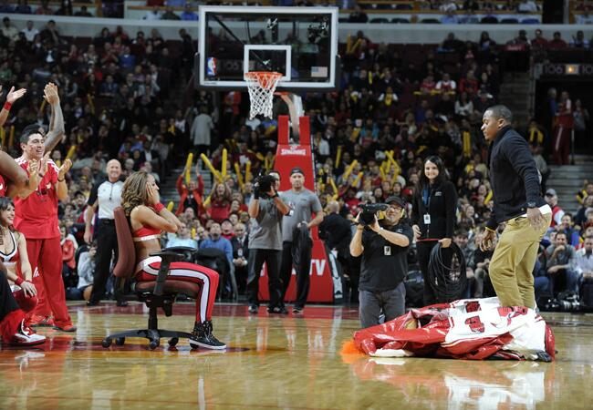 Chicago Bulls Cheerleader Proposal