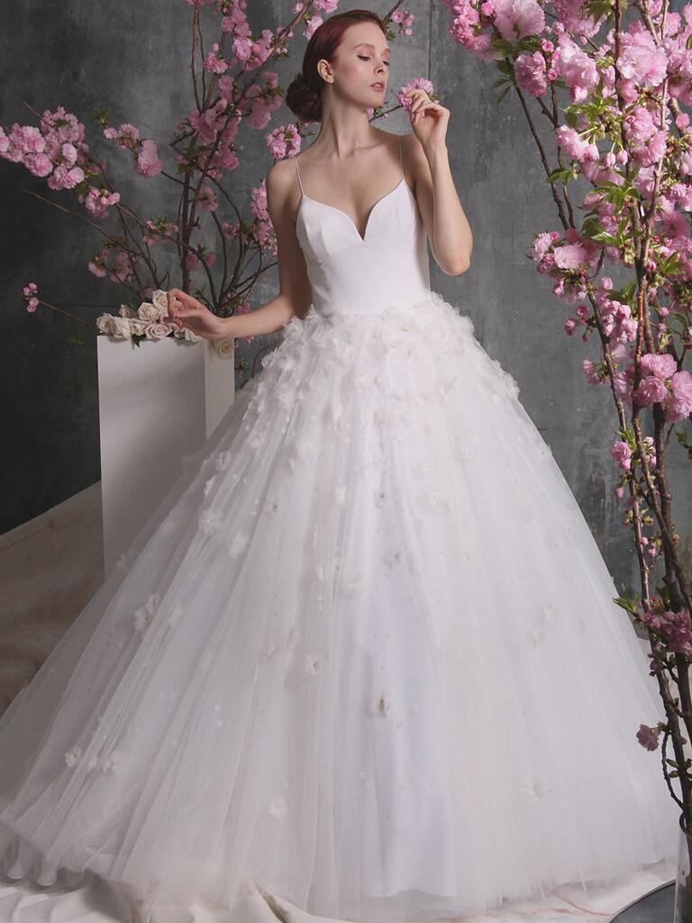 Christian siriano spring 2018 collection bridal fashion for Christian siriano plus size wedding dress
