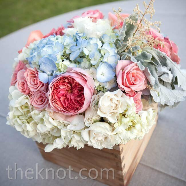 Blue And Pink Wedding Ideas: Pink And Blue Centerpieces