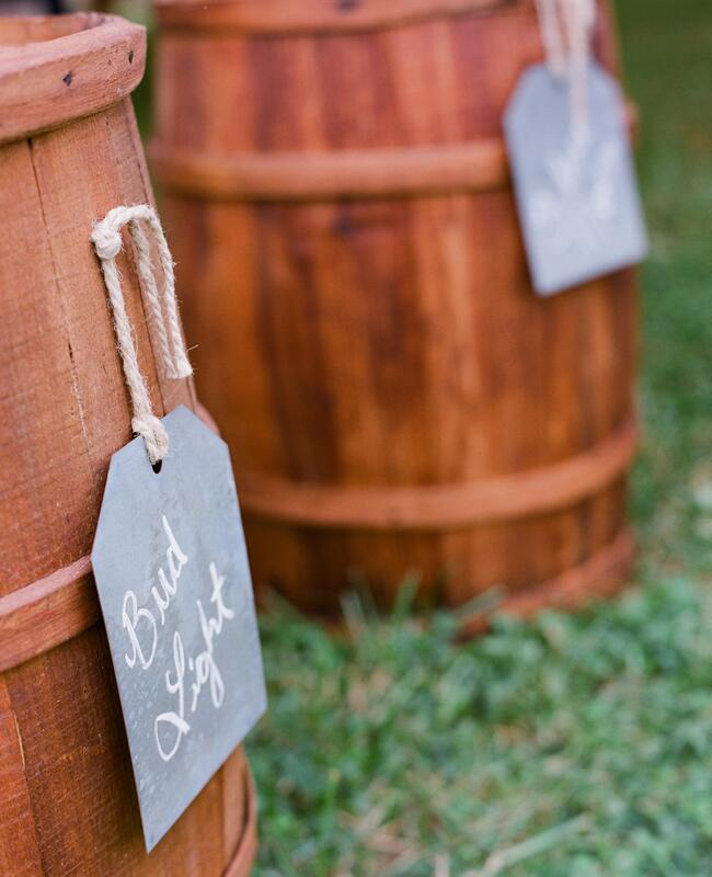 Backyard BBQ wedding ideas | Jen Fariello Photography | blog.theknot.com