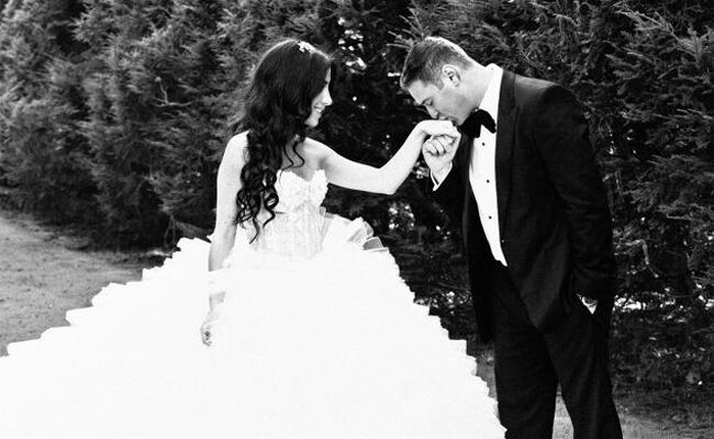 This Couple Is Suing Their Videographer For Over 100k See The