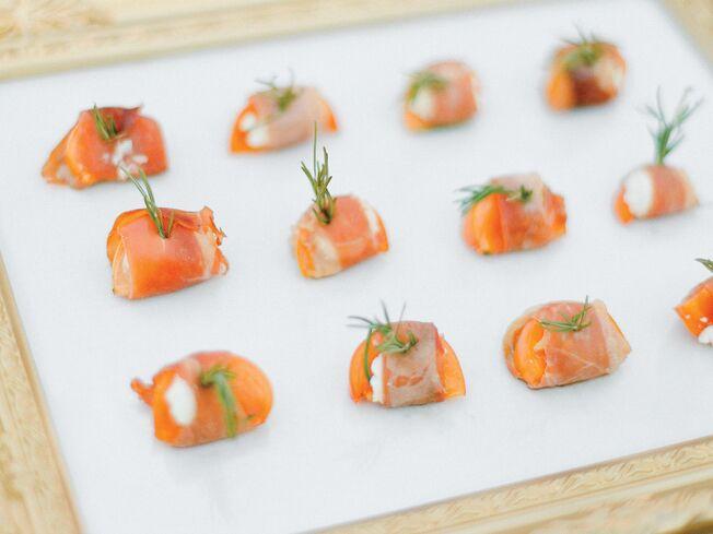 6 Seafood Menu Ideas For Beach Weddings