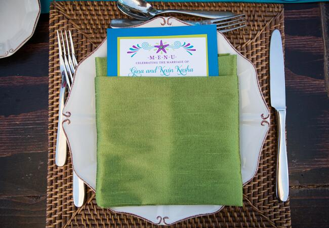 green-beach-table-setting