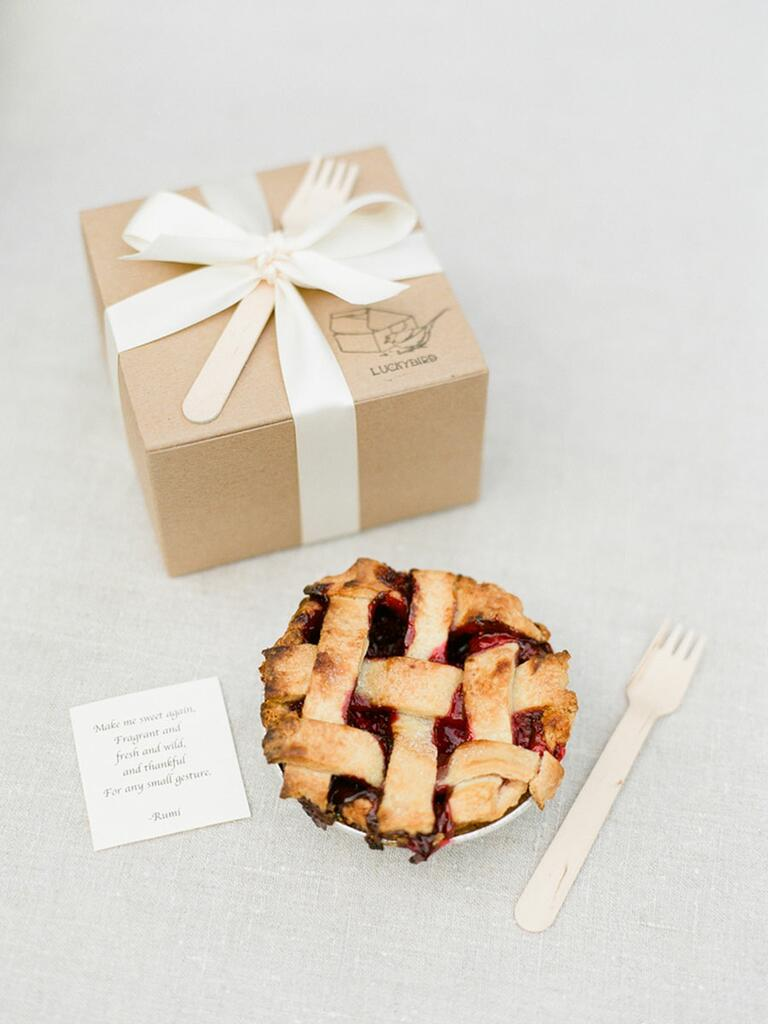 Boxed pie wedding favors
