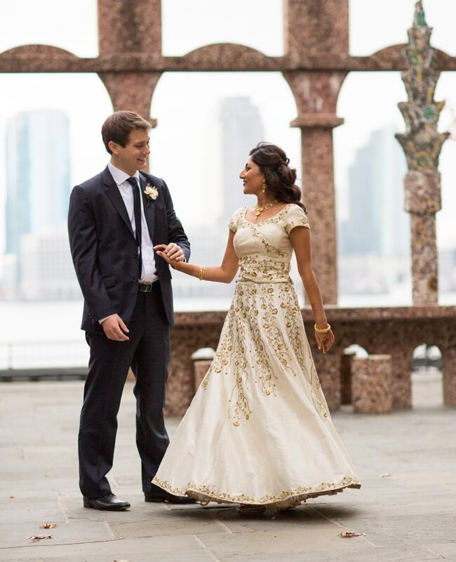 Photo: Ira Lippke Studios // Featured: The Knot Blog