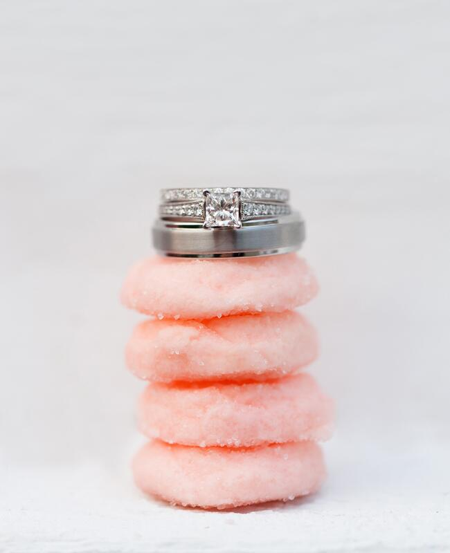 Creative Ways to Display Ring/ Jeremy Hess Photographers/The Knot blog