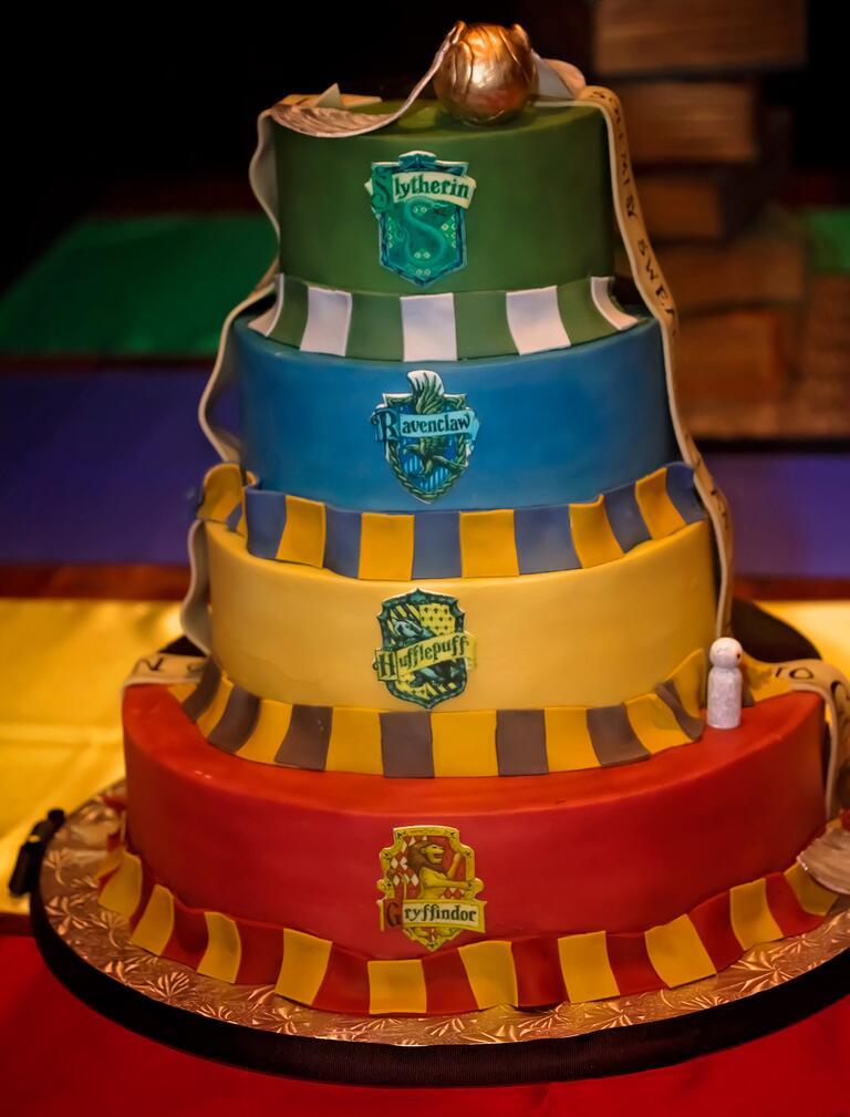 Harry Potter Hogwarts houses-themed wedding cake
