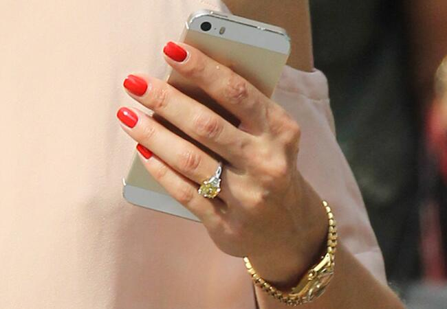 olivia-palermo-engagement-ring