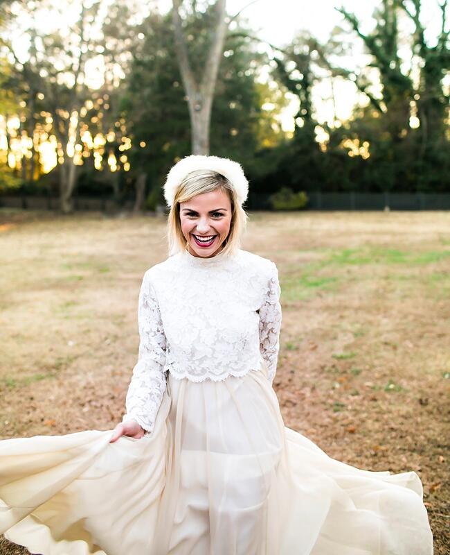 Fall bride with vintage style | Kelly Lane Photography | blog.theknot.com