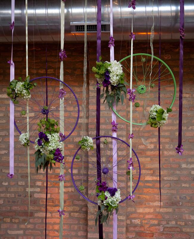 DIY ribbon wedding decor: Lofty Weddings / TheKnot.com