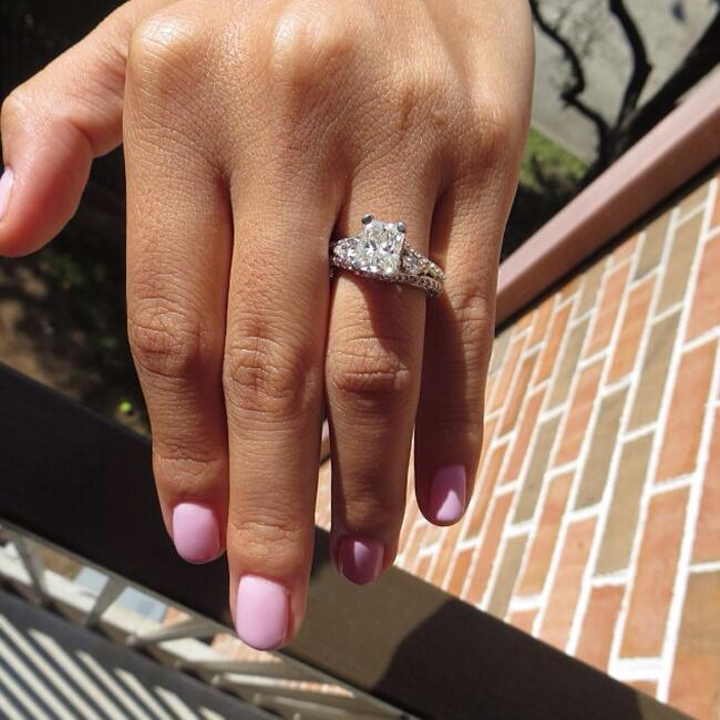 Photo: @neida_garcia // Featured: The Knot Blog
