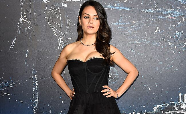 Mila Kunis Swapped Her Engagement Ring For Her Wedding Band Photo