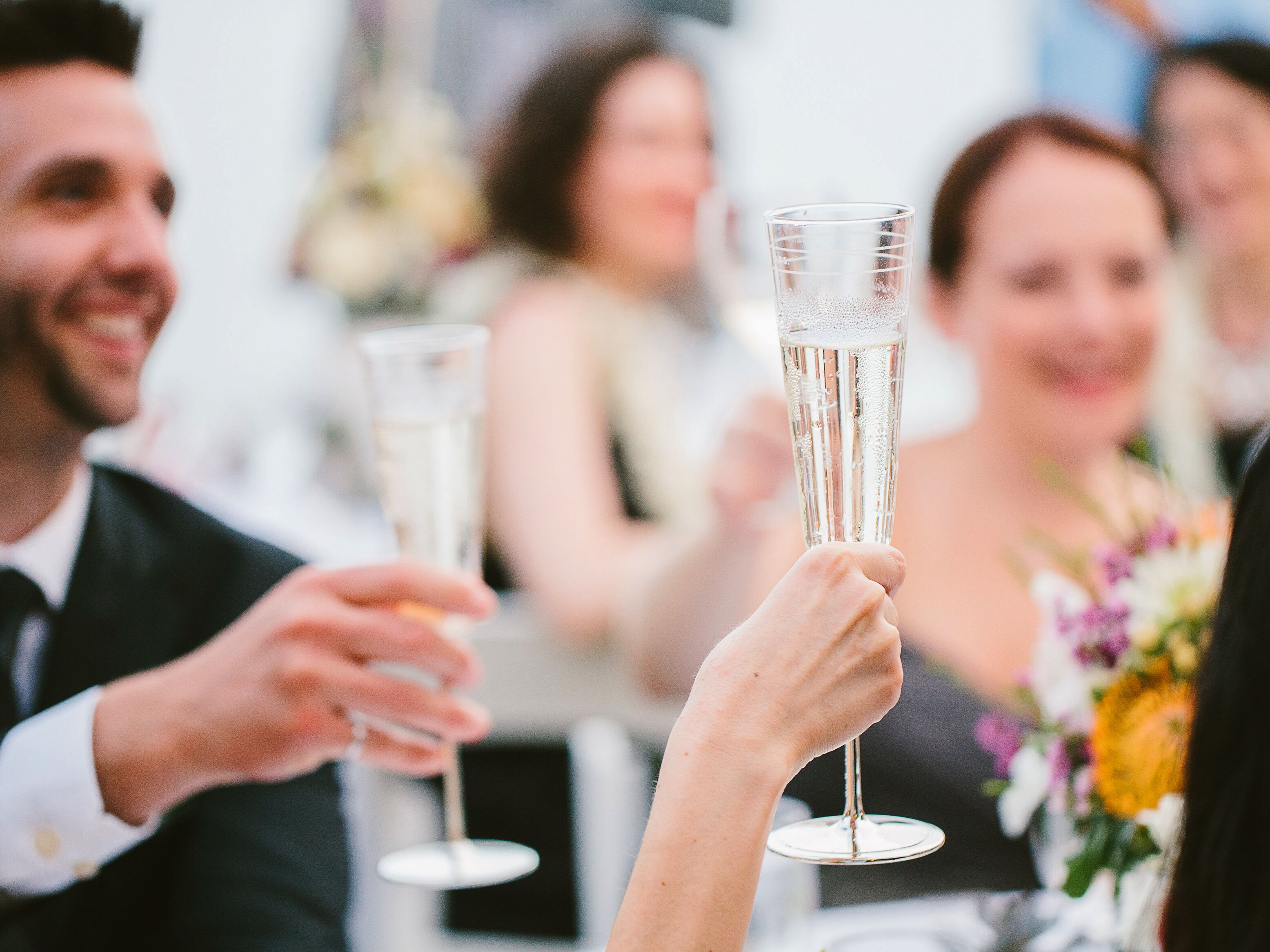 Father of the groom wedding toasts - Champagne Wedding Toast At Outdoor Hawaii Reception