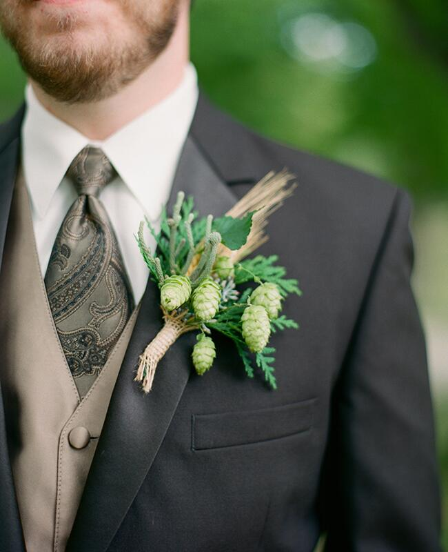pinecone boutonniere |<img class=