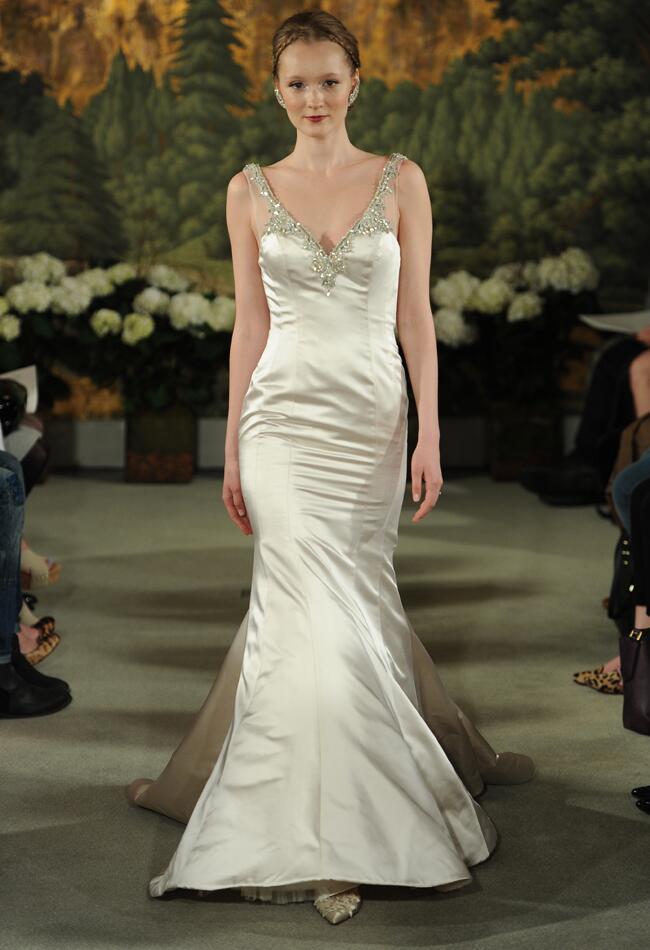 Anne Barge Spring 2015 wedding dress | MCV Photo | The Knot blog