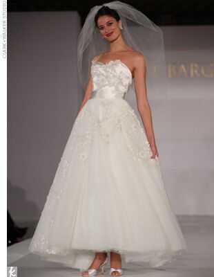Bridal Designers Must Be As Obsessed With Mad Men We Are There Were Enough High Necklines Tulle Skirts And Tea Length Styles On The Runway To Make