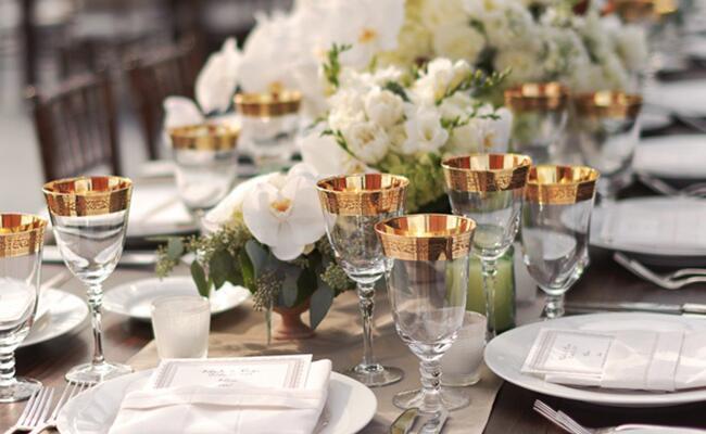 Wine Goblets: Nessa K Photography / TheKnot.com