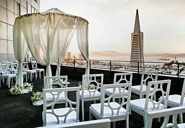 7 Tips For Planning A Small Courthouse Wedding: 7 Tips For Planning A Rooftop Wedding