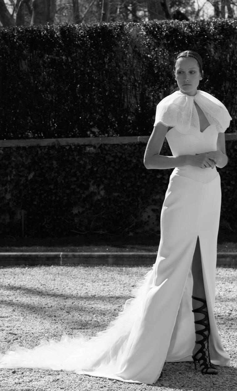 White by Vera Wang Spring 2017 strapless sweetheart simple sheath wedding dress with high front slit and train