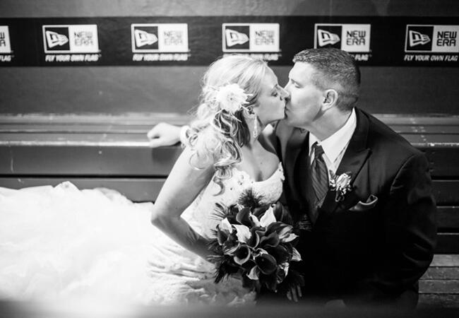Dug Out Kisses | Kaitlin Noel Photography | blog.theknot.com