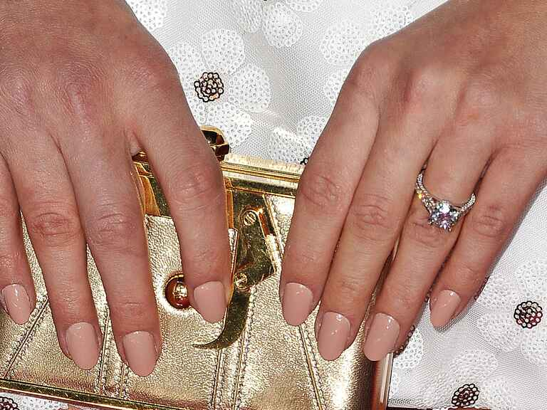picture What Will Meghan Markles Engagement Ring Look Like If Prince Harry Proposes