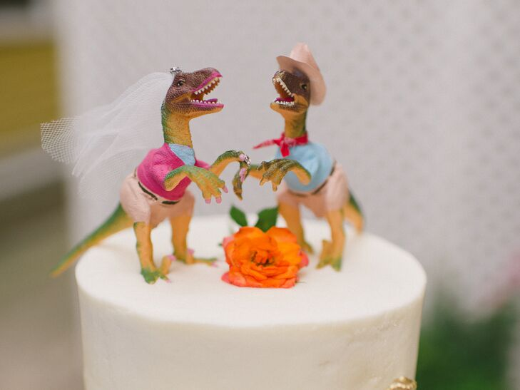 How To Combine A Love Of Jurassic Park And Wedding Cakes