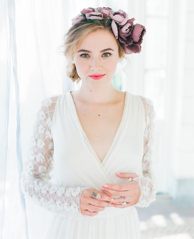 Erica Elizabeth floral headpiece| Corbin Gurkin | blog.theknot.com