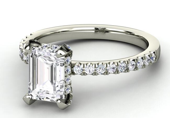 Hayden Panettiere Engagement Ring//Gemvara//The Knot