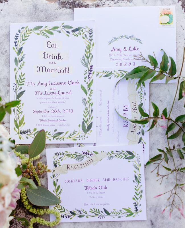 Invitations with Leafy Vine Border |<img class=