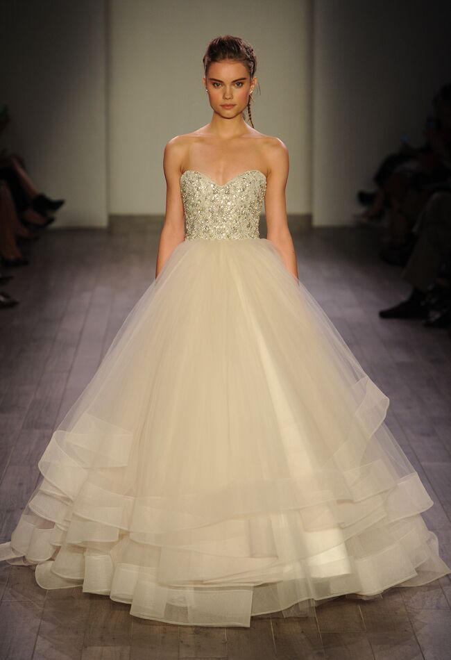 Lazaro Spring 2016 Sweetheart Neckline Crystal Embellished Bodice Wedding  Dress