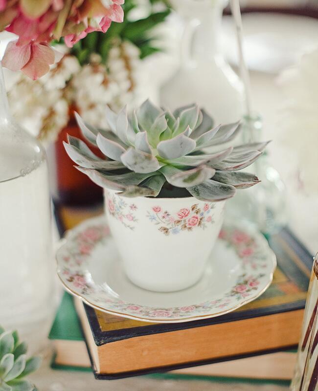 teacup centerpiece | The Nichols Photography | blog.theknot.com