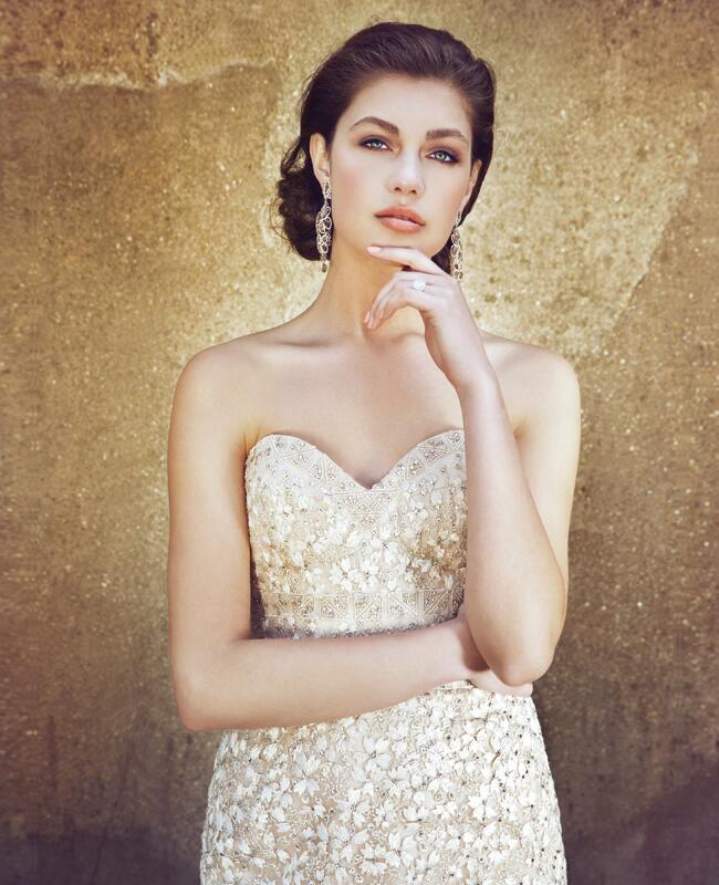 A Flair for Drama/Helena Palazzi/The Knot Blog