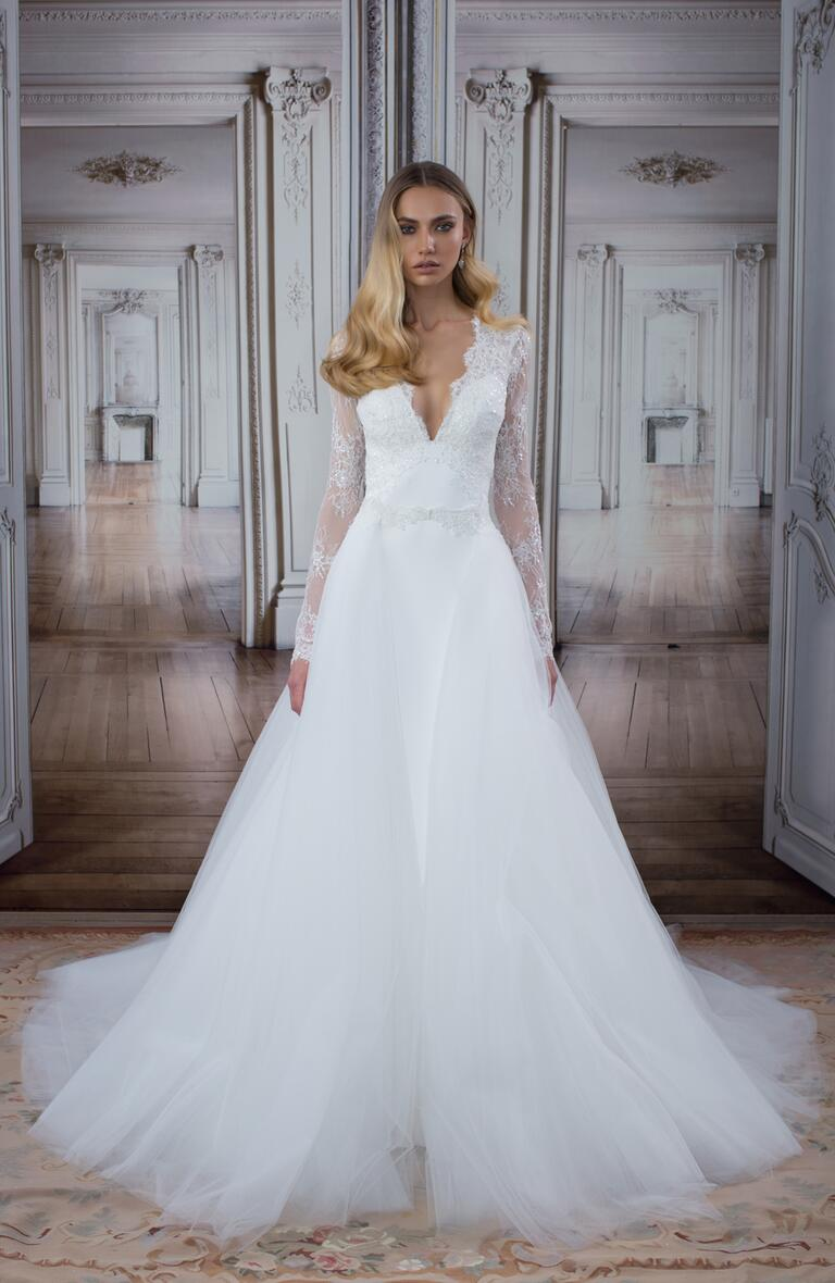 Wedding dresses stores in new york city flower girl dresses for Wedding dresses iowa city