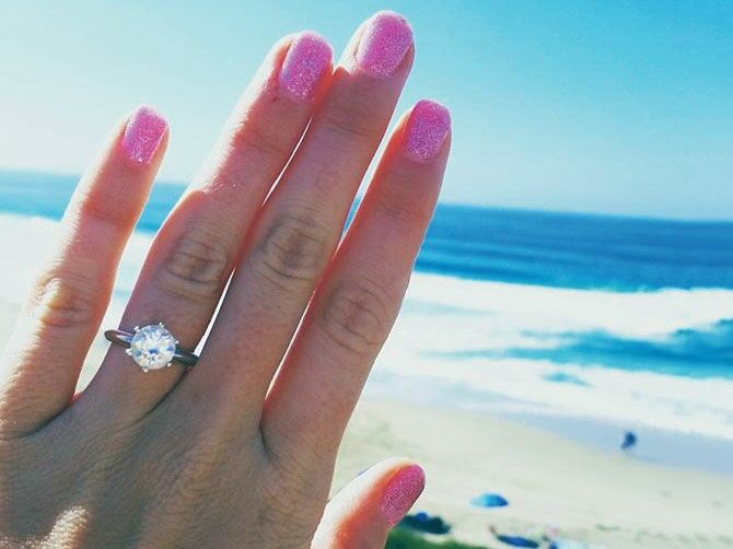 c6da08f96fe2f If you just got engaged, chances are you'll be sharing the great news  through an Instagram engagement ring selfie (or by sharing your proposal on  our sister ...