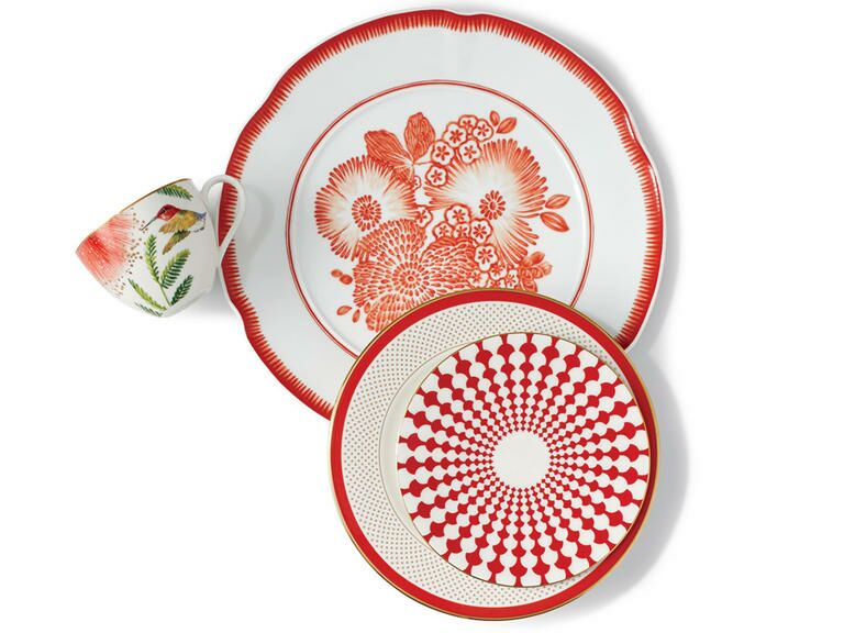Wedding china is one of the most classic registry items. From everyday plates to formal place settings most couples add some kind of dinnerware to their ...  sc 1 st  The Knot & Wedding Registry: Formal Vs. Everyday China