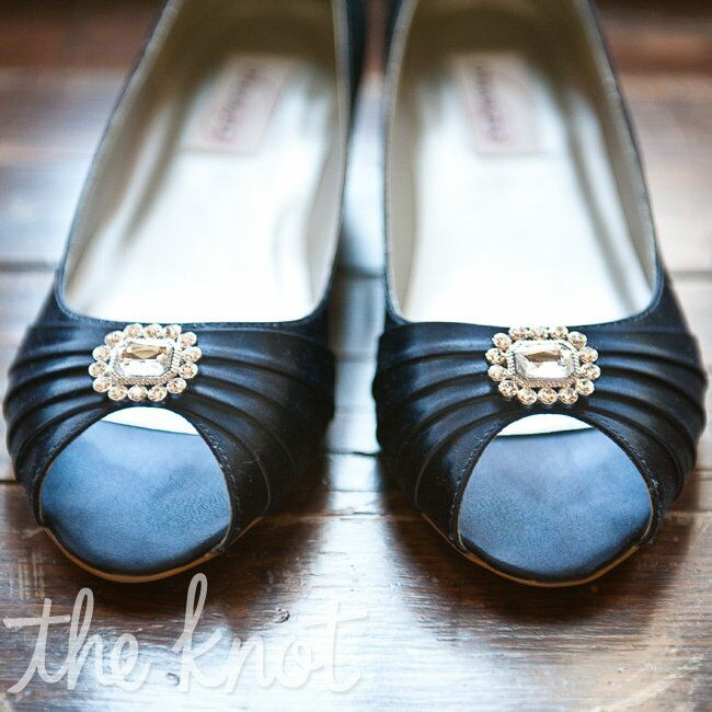 Outdoor Wedding Ceremony Des Moines: Navy Blue Wedding Shoes