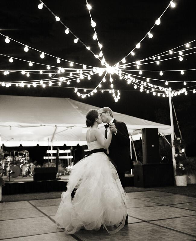 Photo: Jenna Walker Photography // Featured: The Knot Blog