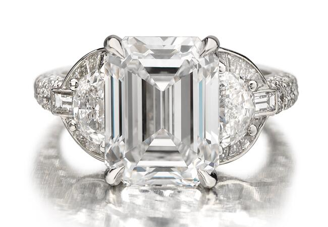 Hayden Panettiere Engagement Ring//Maria Canale for Forevermark//The Knot