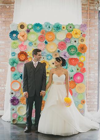 10 ways to use paper flowers at your wedding