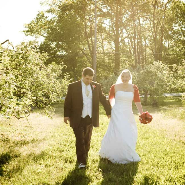 Wedding Gowns Cleveland Ohio: Robin & Danny: A Red And Aqua Wedding In Chesterland, OH