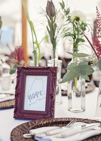 Personalized State Decor: Cuppa Photography / TheKnot.com