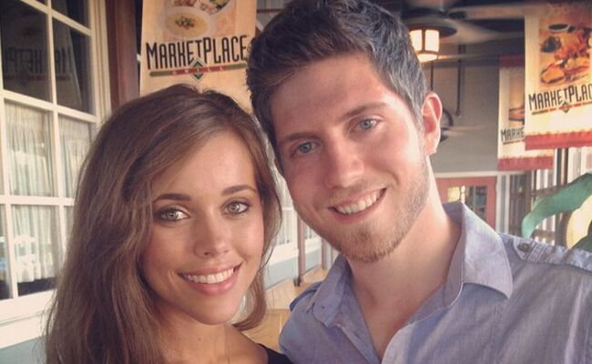 Jessa duggar and ben seewald all about their wedding jessa duggar and ben seewald pose together on instagram freerunsca Image collections