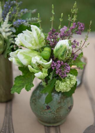 Green, White & Purple Centerpiece // Photo: Carla Ten Eyck
