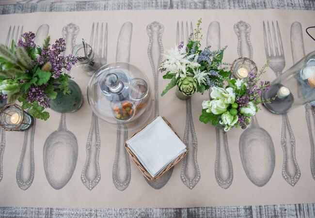 Paper Table Setting // Photo: Carla Ten Eyck