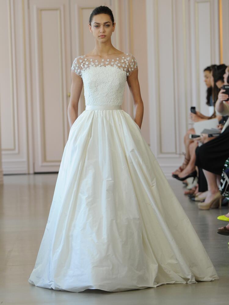 Oscar de la renta 39 s spring 2016 collection bridal fashion for Wedding dresses in louisiana