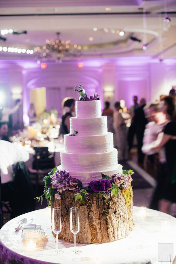 slab wedding cake ideas white wedding cake on a wood slab cake stand 20190