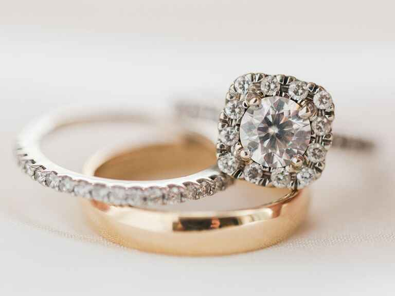 Our Study Reveals The Average Engagement Ring Carat Size